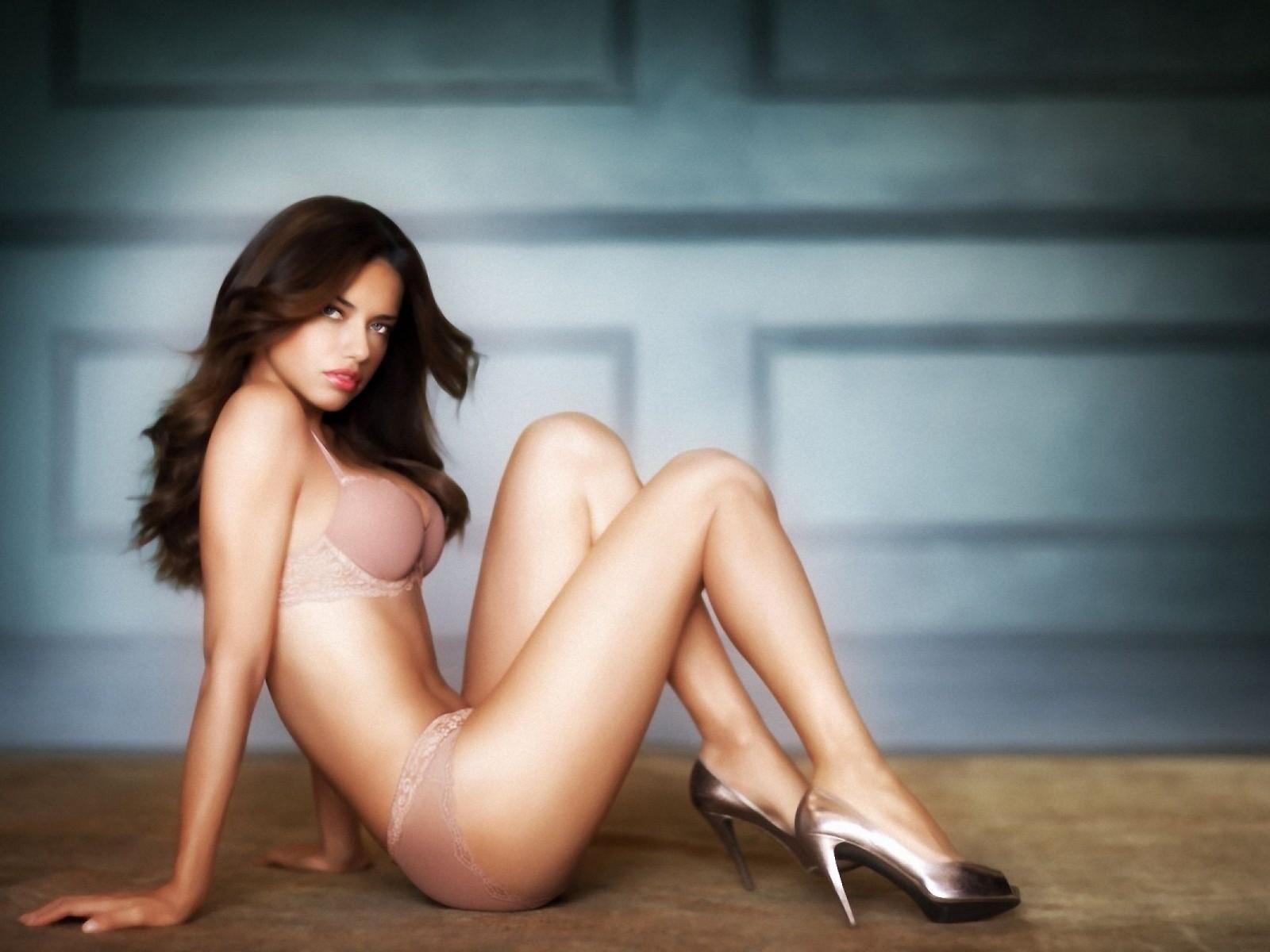 Of michigan woman nude