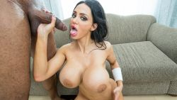 Amy Anderssen Sexy Wallpapers
