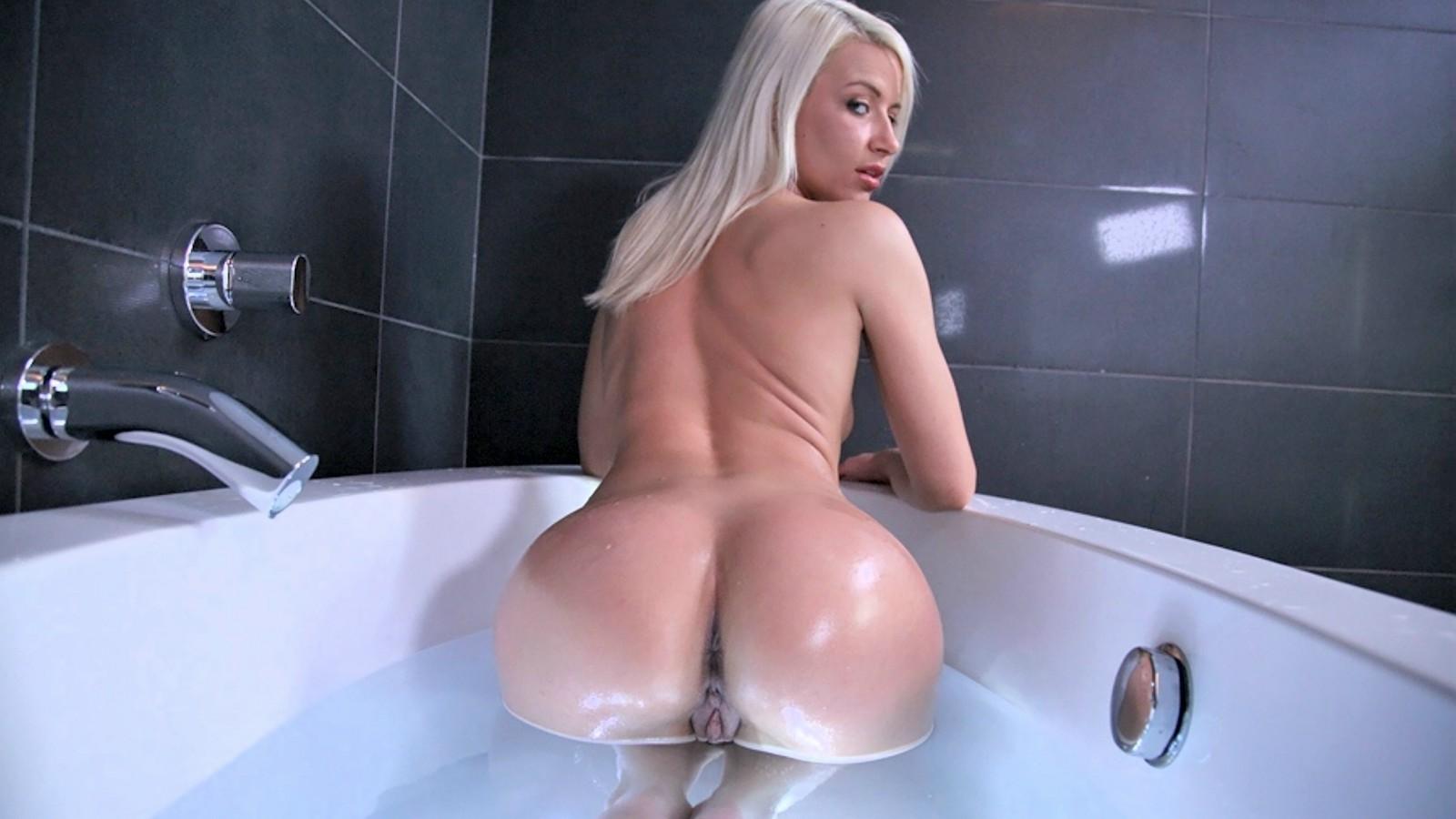 porno-popa-blondinki