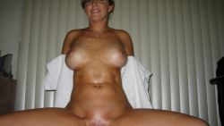 Beautiful Chubby Amateur MILF 173