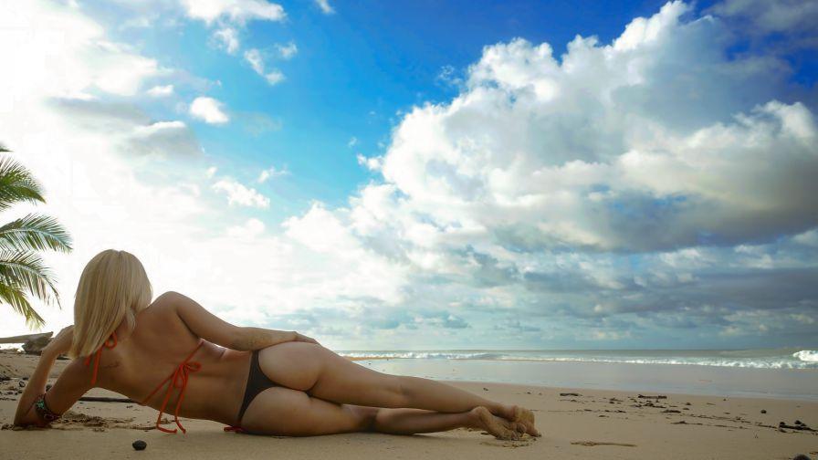голые на городских пляжах 20 фото