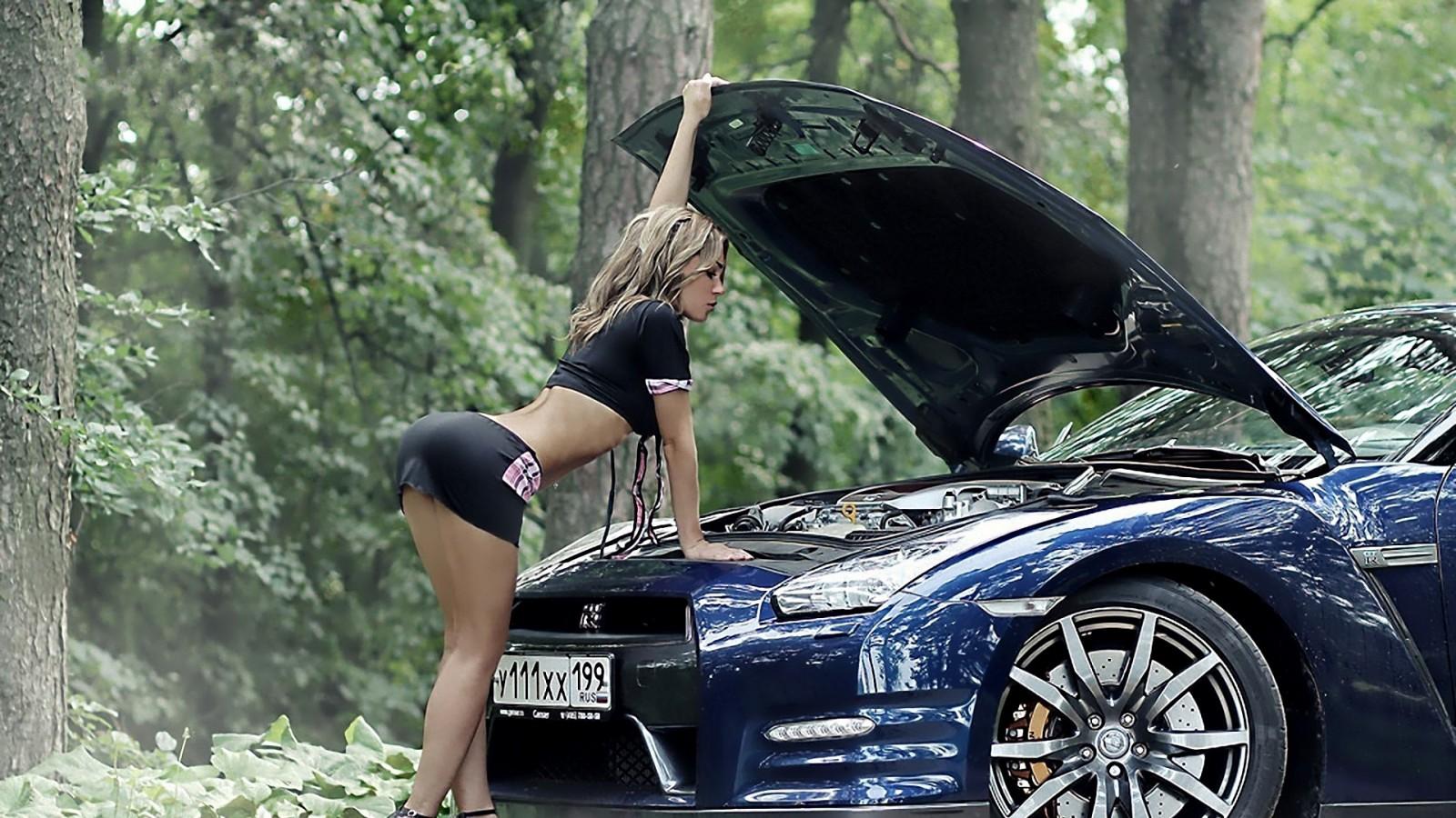 Фото авто девки, Сексуальные девушки и автомобили 4 фотография