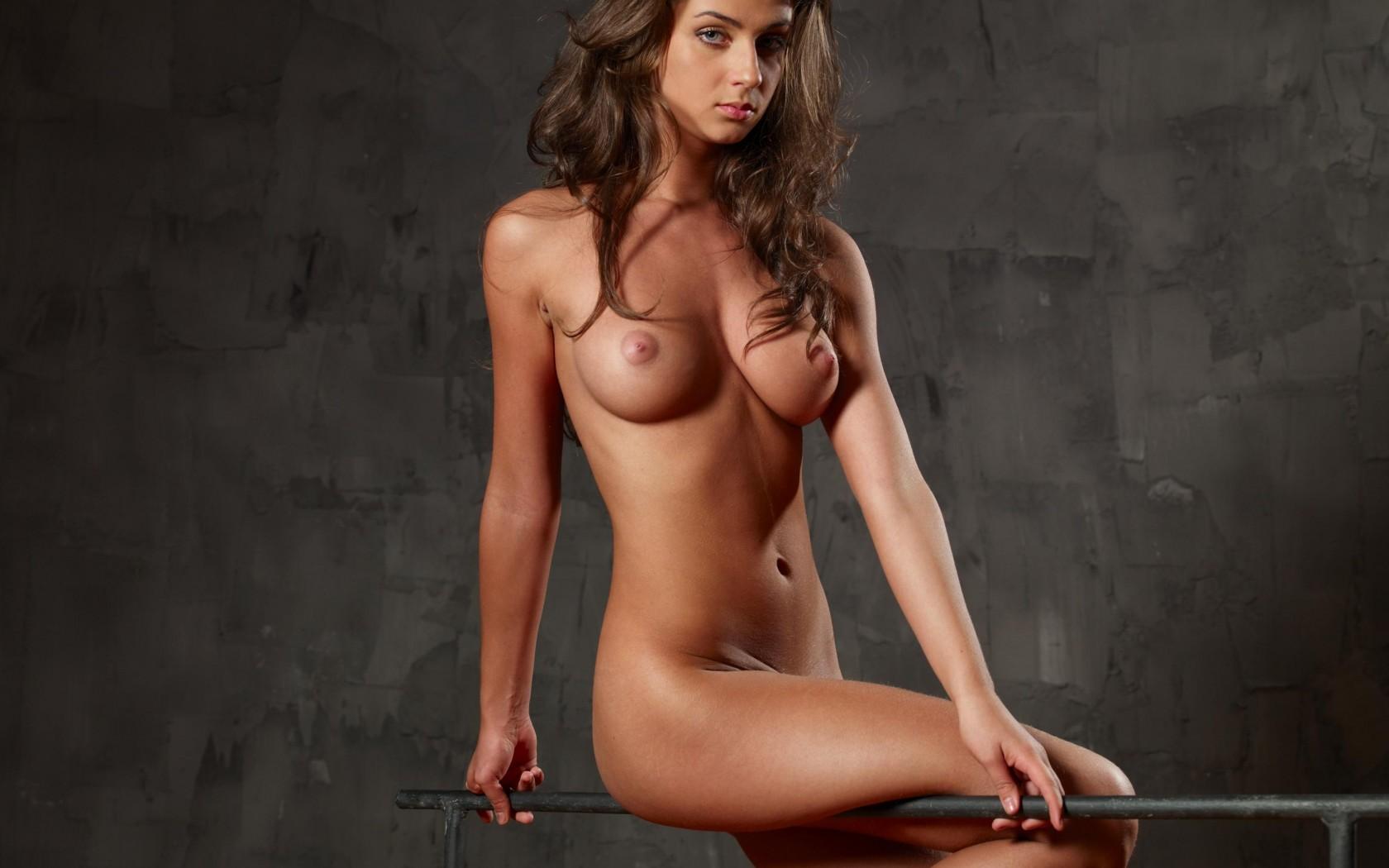 эротика фото голых девушек бесплатно