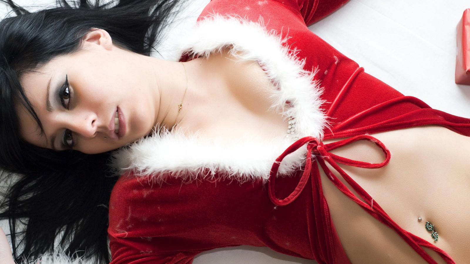 На рабочий стол сексуальный новый год хочет