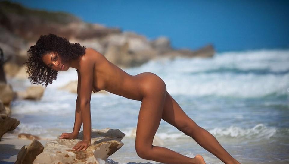 Brazilian woman n bikinis