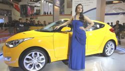 Indian Beauty Model In Auto 227