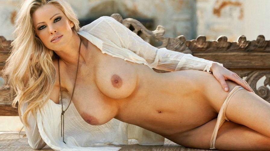 Punk girl nude photos