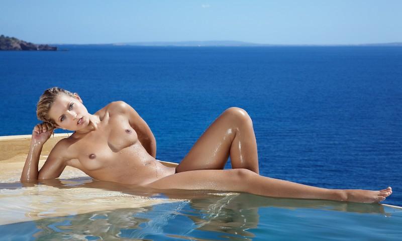 Naked Selection With Jenni Gregg 1