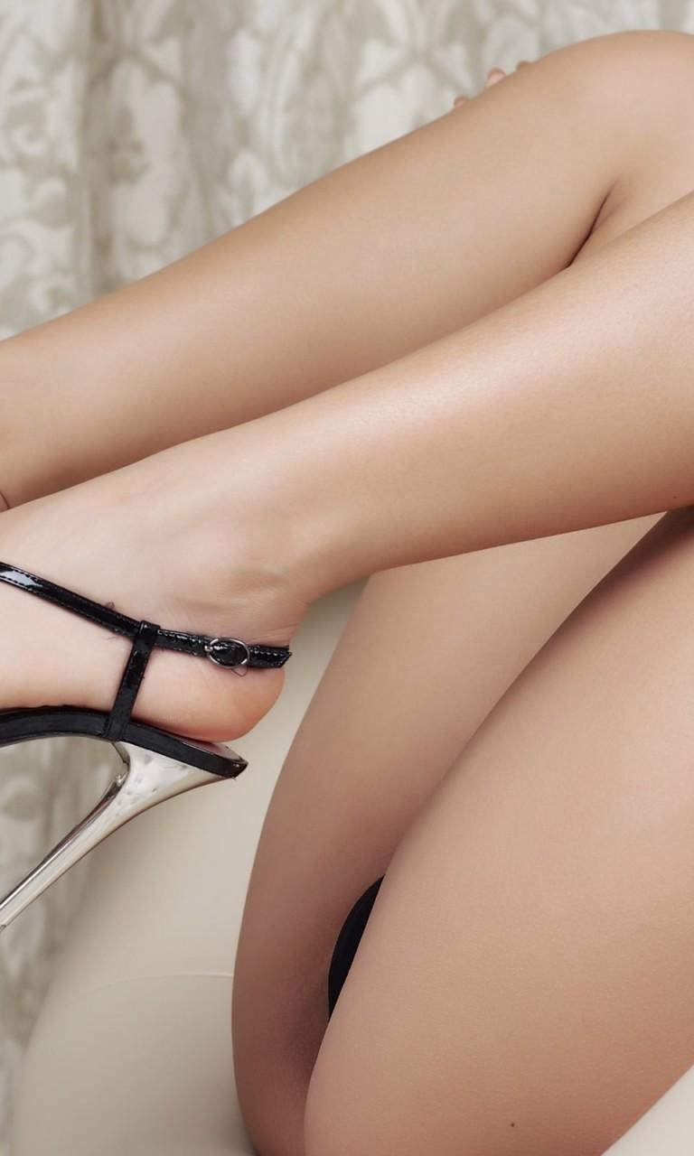 Обнаженные Ножки