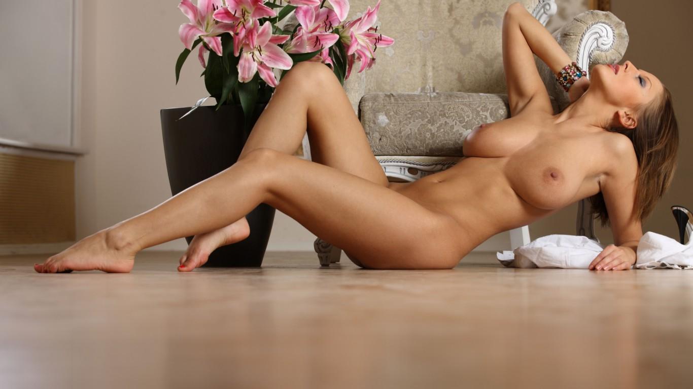 Фото девушки эротика рабочий стол