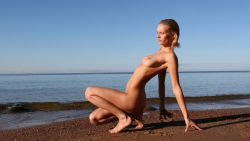 Nude Wallpapers 1303