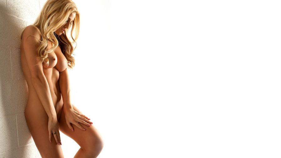 oboi-s-erotichnimi-devushkami