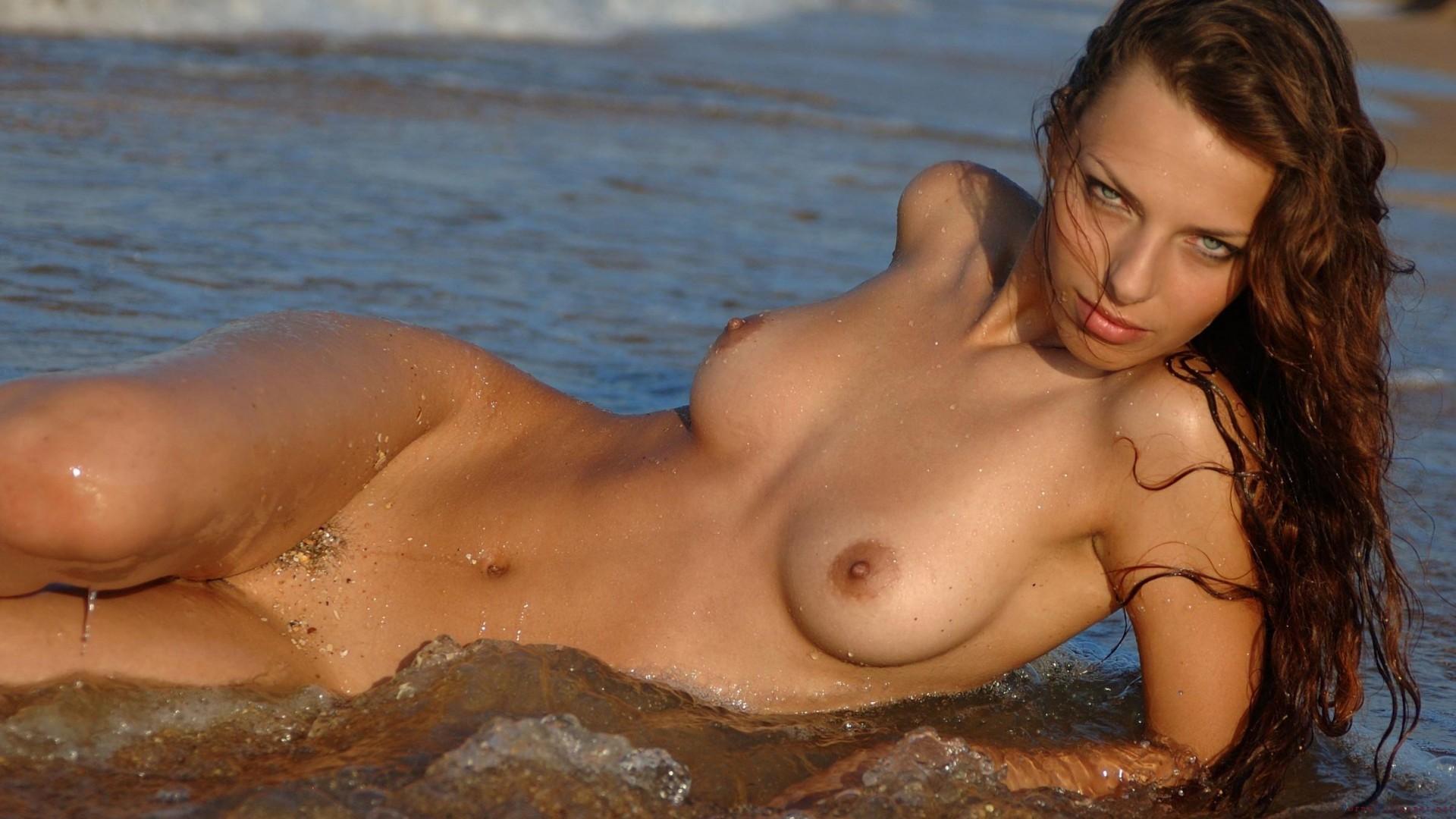 Фотки голых девчёнок, Фото голых девушек - эротика бесплатно, порно фото 6 фотография