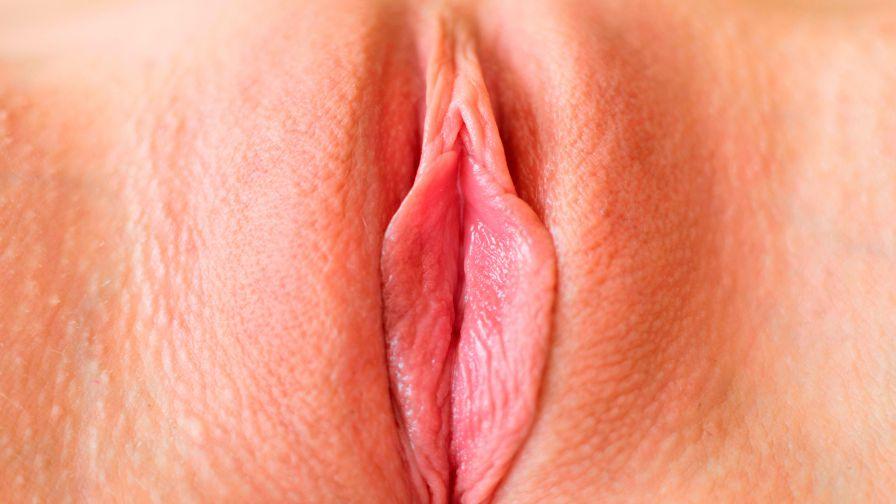 мама полулёжа фото самой сексуальной киски удивительный человек