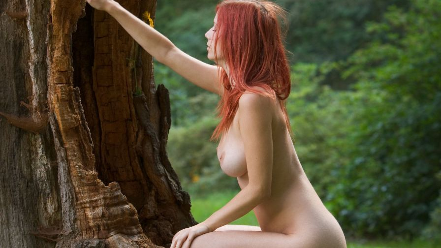 Natural Girls Nude - Naked Exhibitionists & Amateurs, Art.