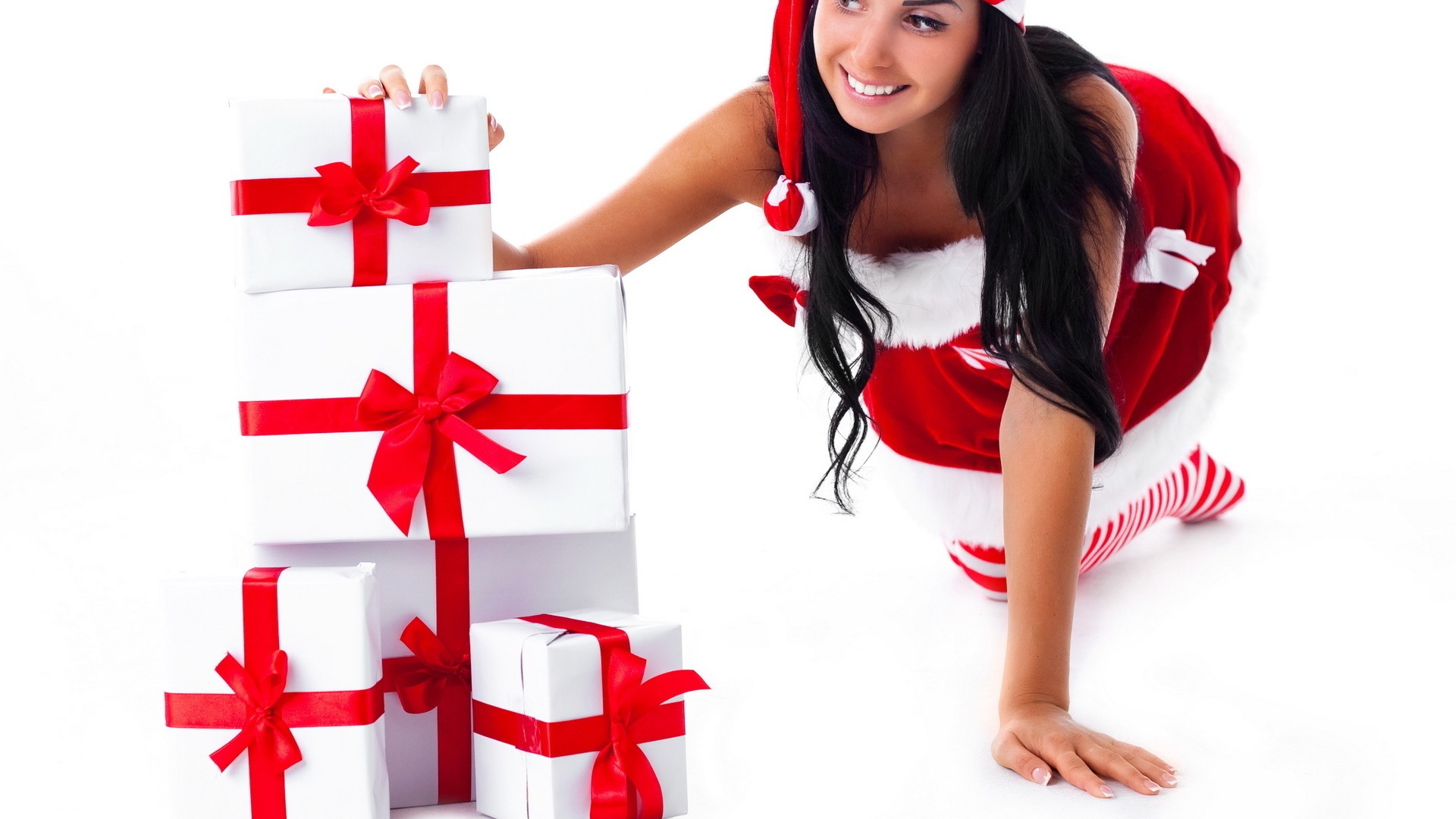 Что подарить подруге недорого на новый год