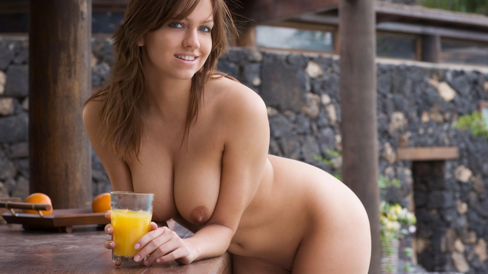 lesbiyanka-dominiruet-onlayn-porno