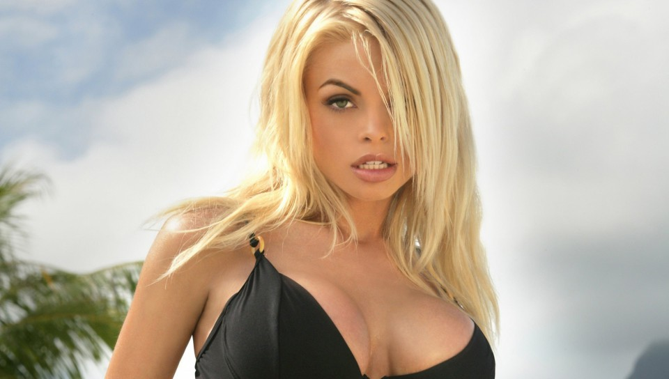 Десятка лучших порно звезд мировой величины — photo 13