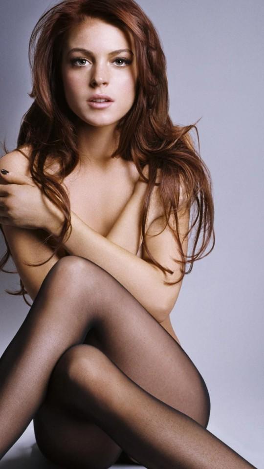 lindsay lohan recreates last nude photo № 78313