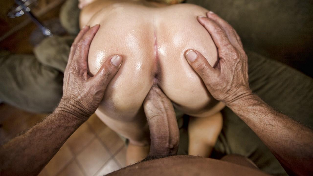 Порно анал большие члены перед мужем