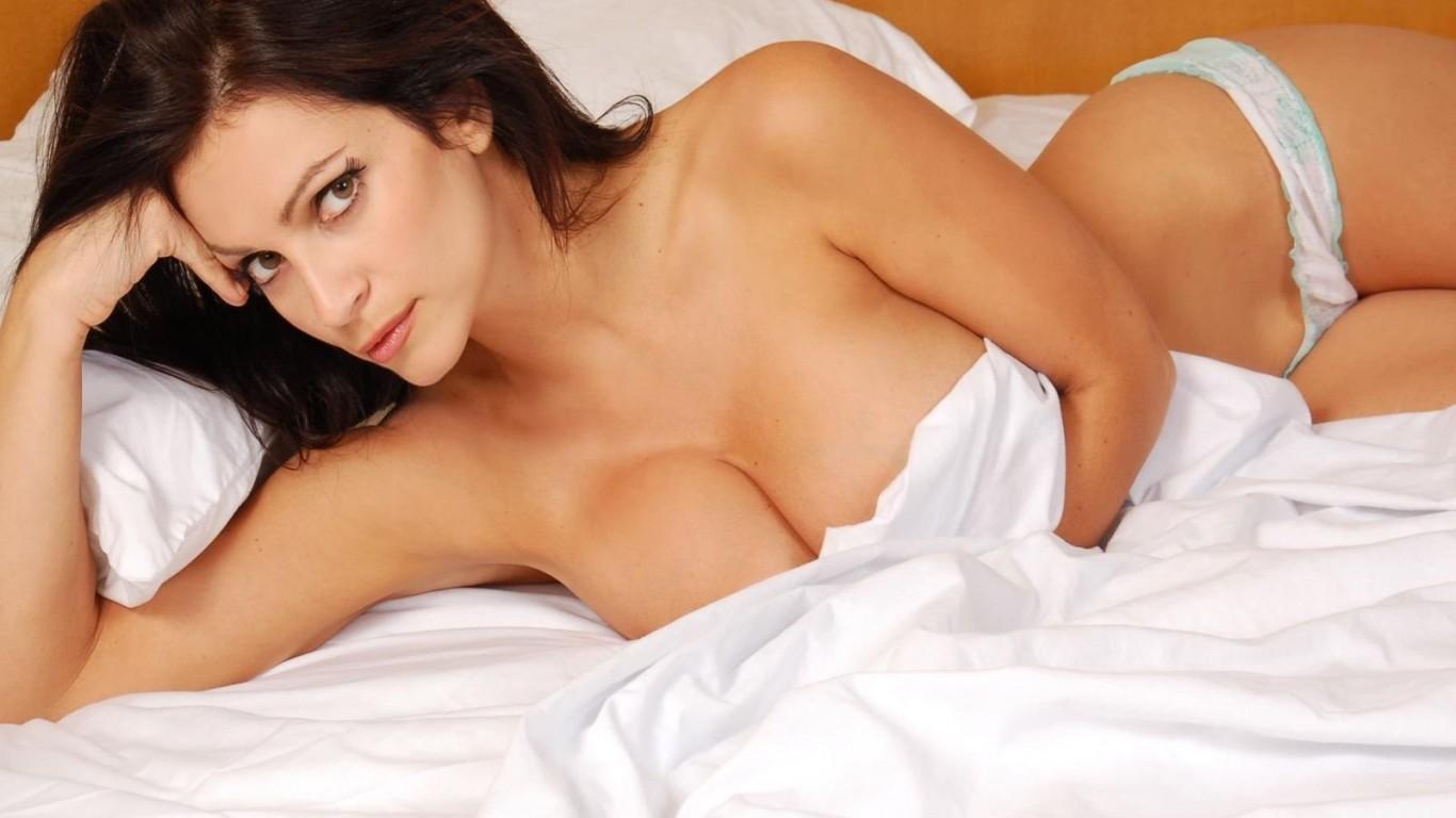 Фото порно денис милани, Denise Milani - все порно и секс фото модели 7 фотография