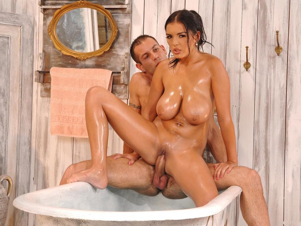 Jasmine shower anal