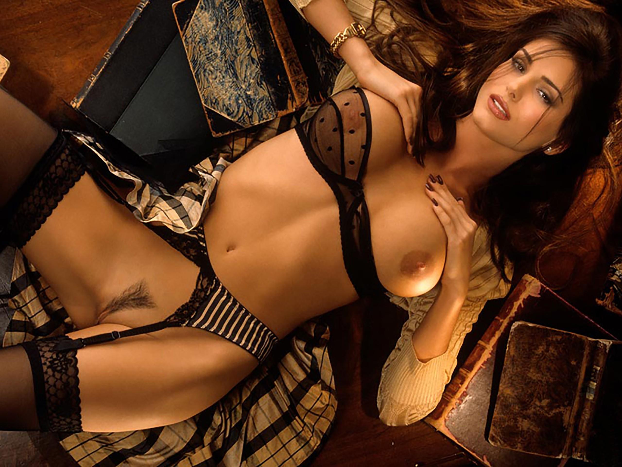 порно фото девушки в эротическом белье
